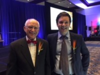 Don Baer, Head of the AVS Award Committee with Awardee Markus Valtiner