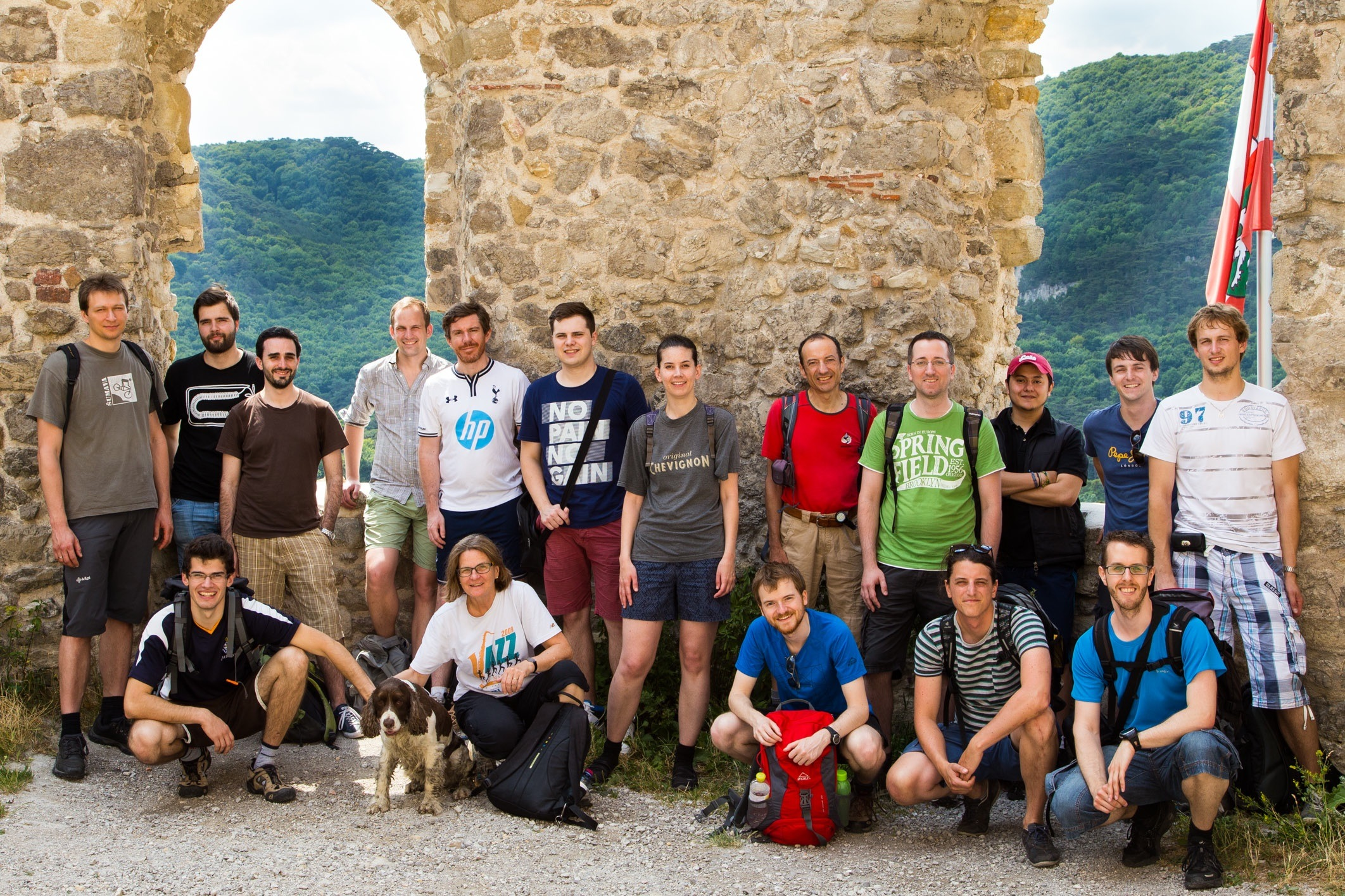 group_hike_2015_b.jpg